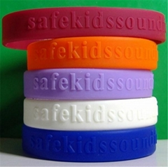 12 mm Embossed Silicone Wristbands