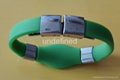 FMB006 Silicone Wristbands with metal clips