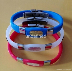 FBM007 Silicone Wristbands with metal clips (Hot Product - 1*)