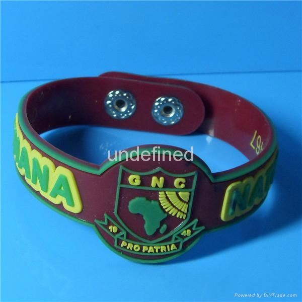 Custom Shape Soft  PVC Rubber Bracelets 2