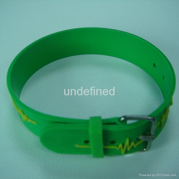 Custom Shape Soft  PVC Rubber Bracelets 1