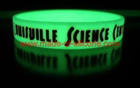 promotional silicone wristbands  2