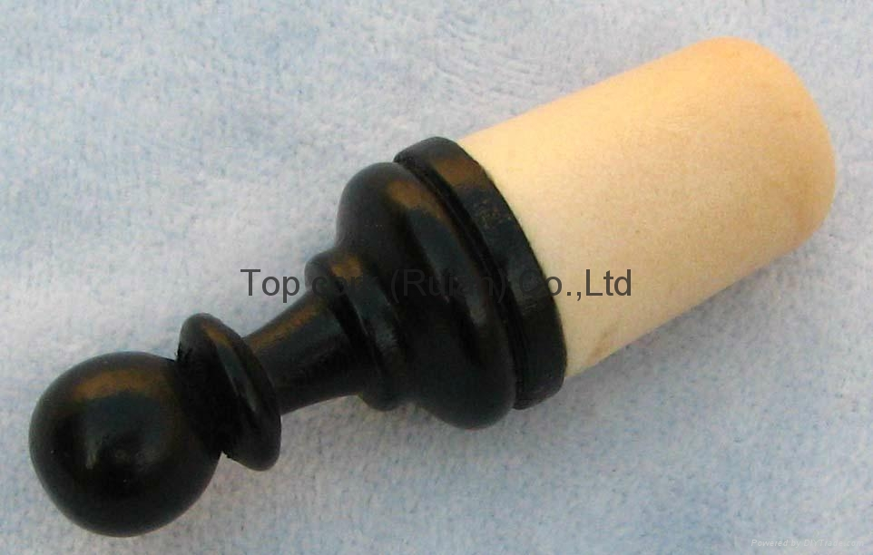 Wood cap bottle stopper