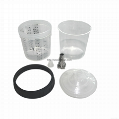 Mixing cup for automotive spraying