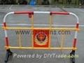 塑料护栏,塑料栅,防护栅,塑料铁马,塑料道栏,马路栏河,公路栏河,塑料水马,塑料围栏