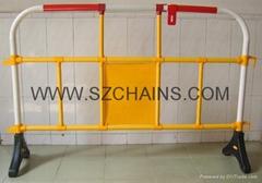 路橋工程施工安全PVC塑料圍欄YY-360