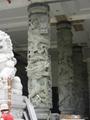 青石浮雕龙柱带十八罗汉 3