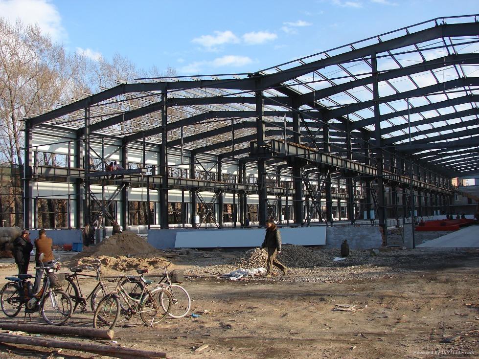 建設中的新廠房...071101