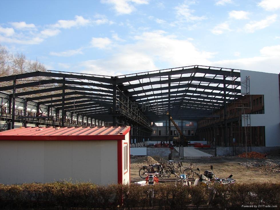建设中的新厂房...071101