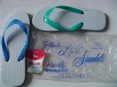 白鸽牌+冠军鸽+吉利牌塑料微孔拖鞋
