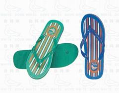 畅销非洲中东的白鸽牌塑料微孔拖鞋