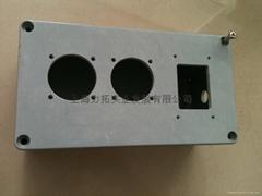 膠木接線盒
