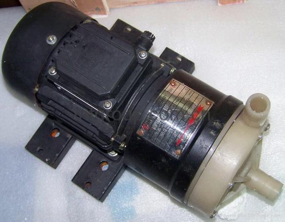 氟塑料磁力泵 3