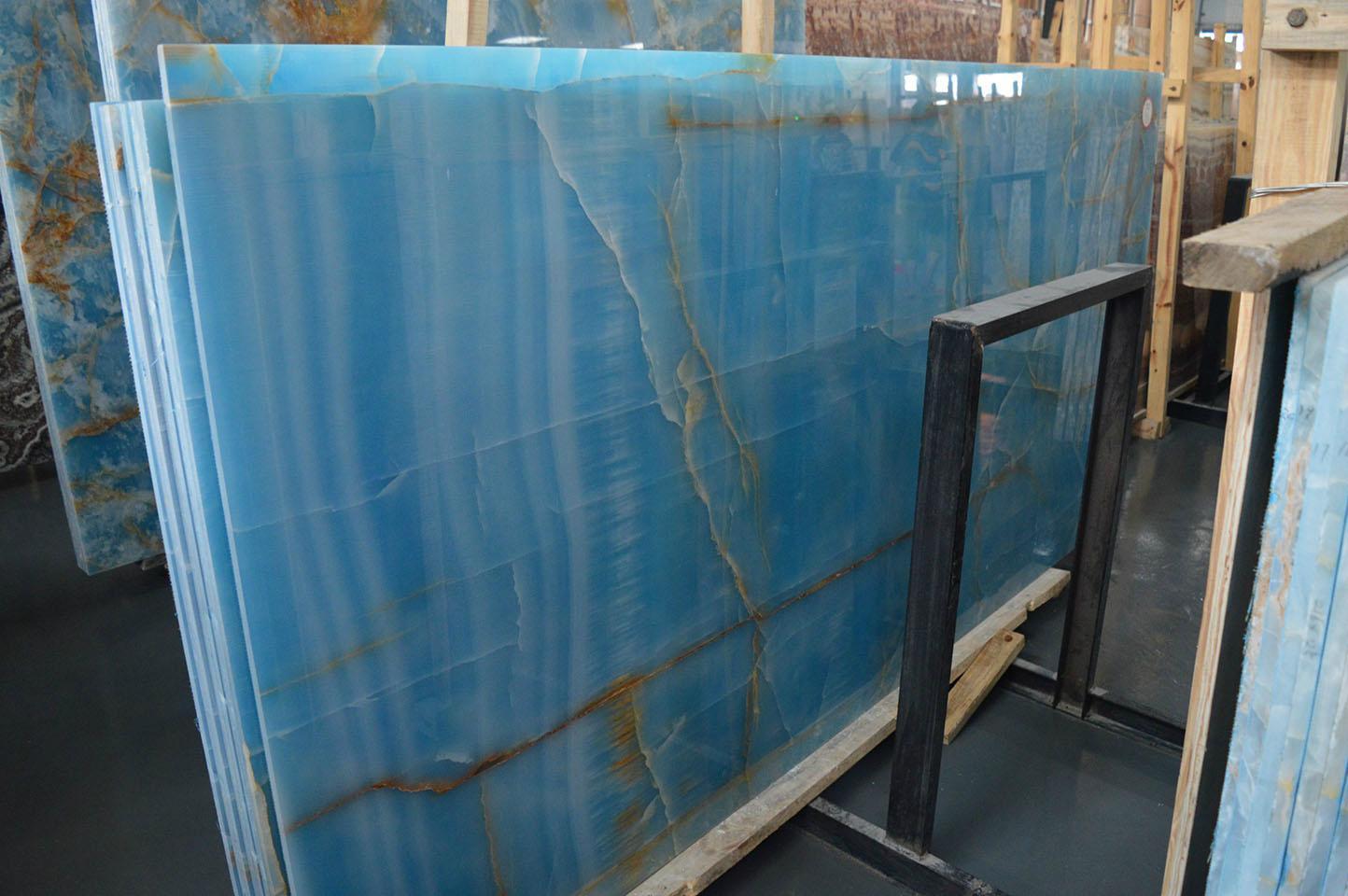 Luxury Golden Blue Onyx Slab Union Stone China