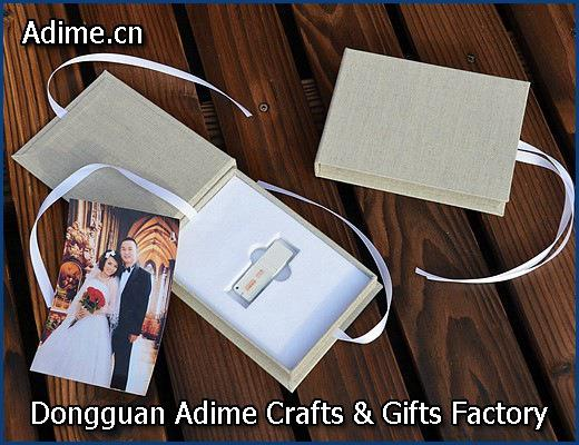 Magnet Linen USB Photo Stroage Gift Box with Elastic