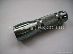 LED 手電筒