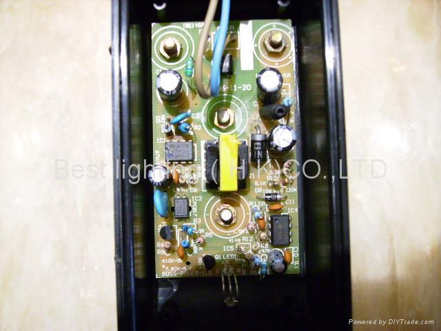 LED 矿灯充电器 3