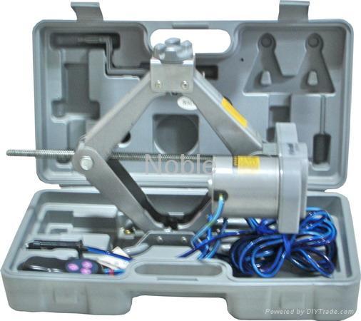 CAR Power Jack NE-A15-20TT 1