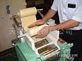 日本小型制麵機(打粉延壓切麵一體化完成)二手 2