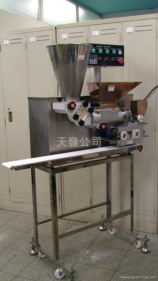 日本中型彷人手餃子機械設備  2