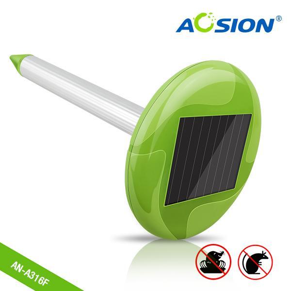 Smart Home Solar Mole Repeller with Beautiful Garden Light 1