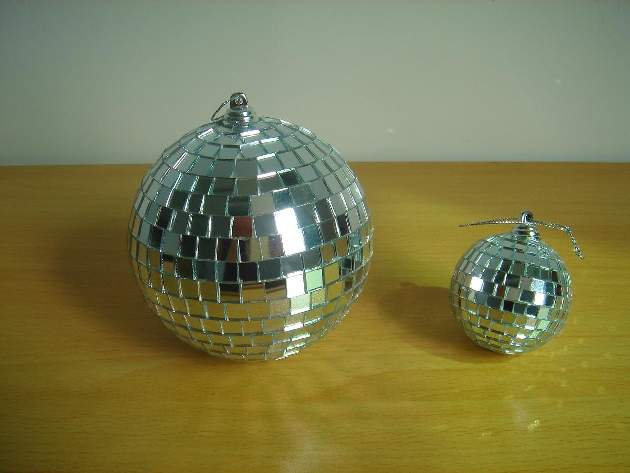 舞台玻璃球 3