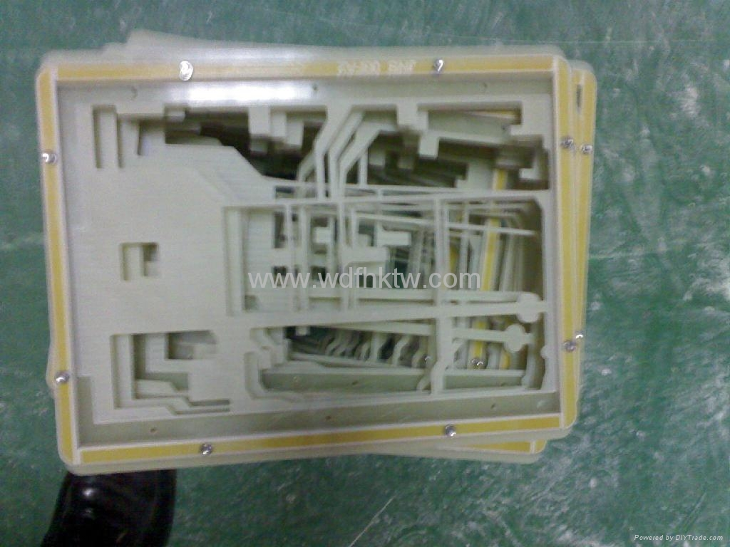 玻纖板過爐載具 1