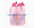 plastic cosmetic pouch