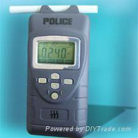 AT8600警用呼出气体酒精含量检测仪