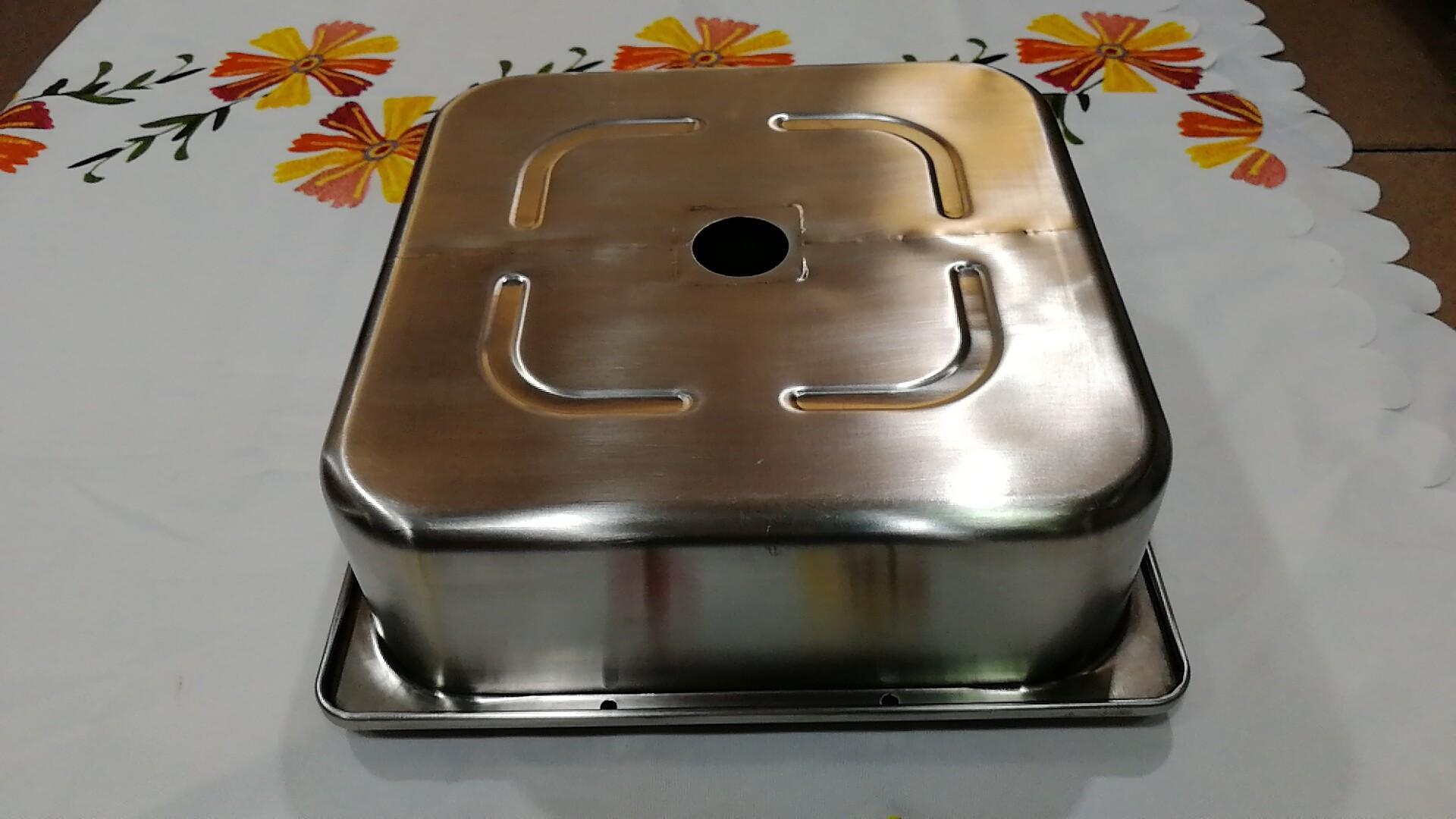 热销厨具30cm四方带柱带格火锅盆酒楼用具适用于燃气炉使用 2