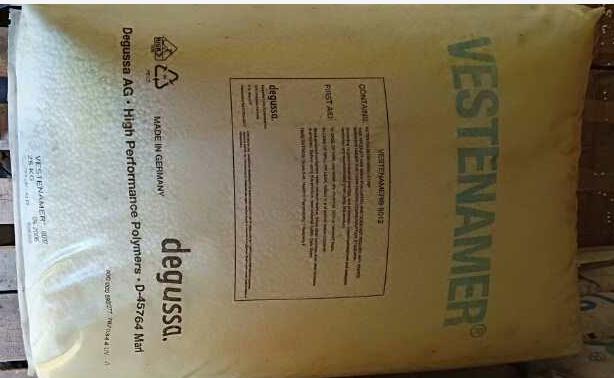 VESTENAMER 8012