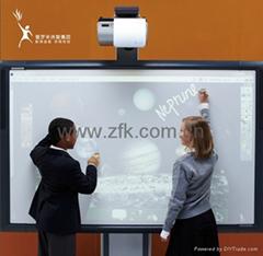 全新一代多點觸控的互動電子白板ActivBoard 500