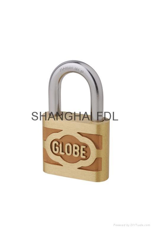 地球牌铜挂锁 1