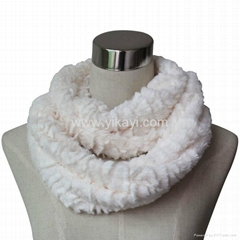 women fashion faux fur i