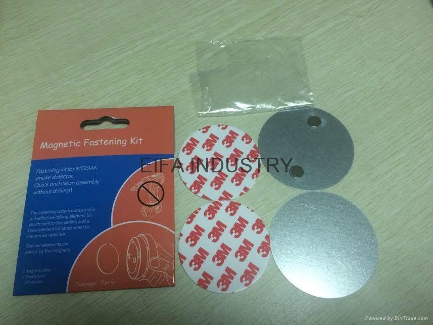 Smoke detector magnet installation kit 4