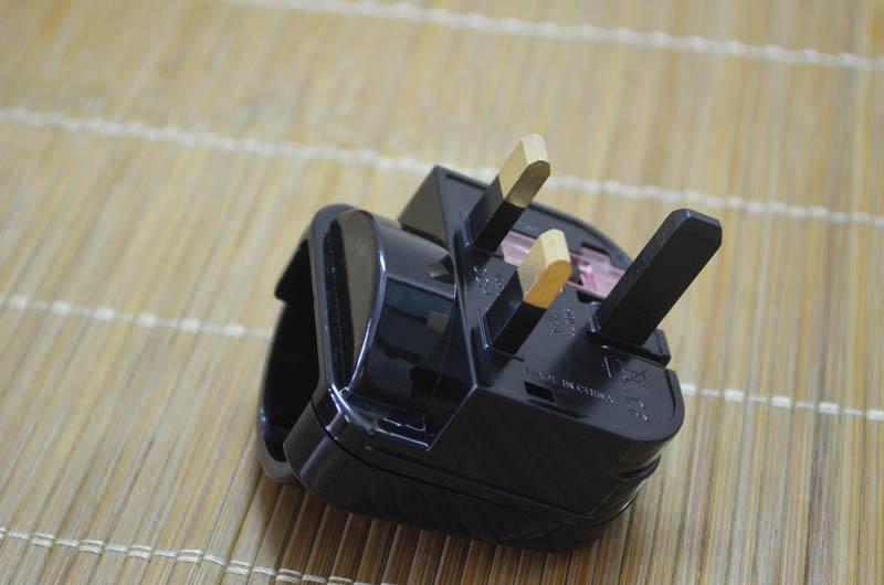 Schuko To UK Converter Plug  1