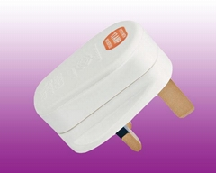 UK  Plug (Color:W,B) (OT-9518)