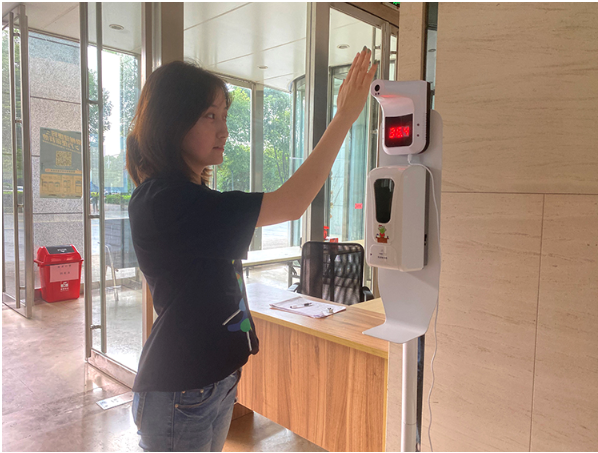 Soap dispenser can be mounted with temperature measuring instrument  8