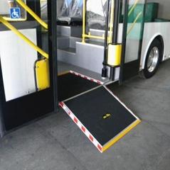 低地板客车轮椅上车斜坡板 手动升降导板残疾人导板残疾人踏步