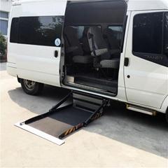 面包车侧门专用超薄型电动轮椅上车平台