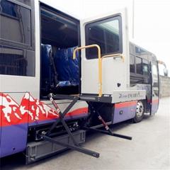 客车用轮椅升降机 无障碍电动轮椅升降器