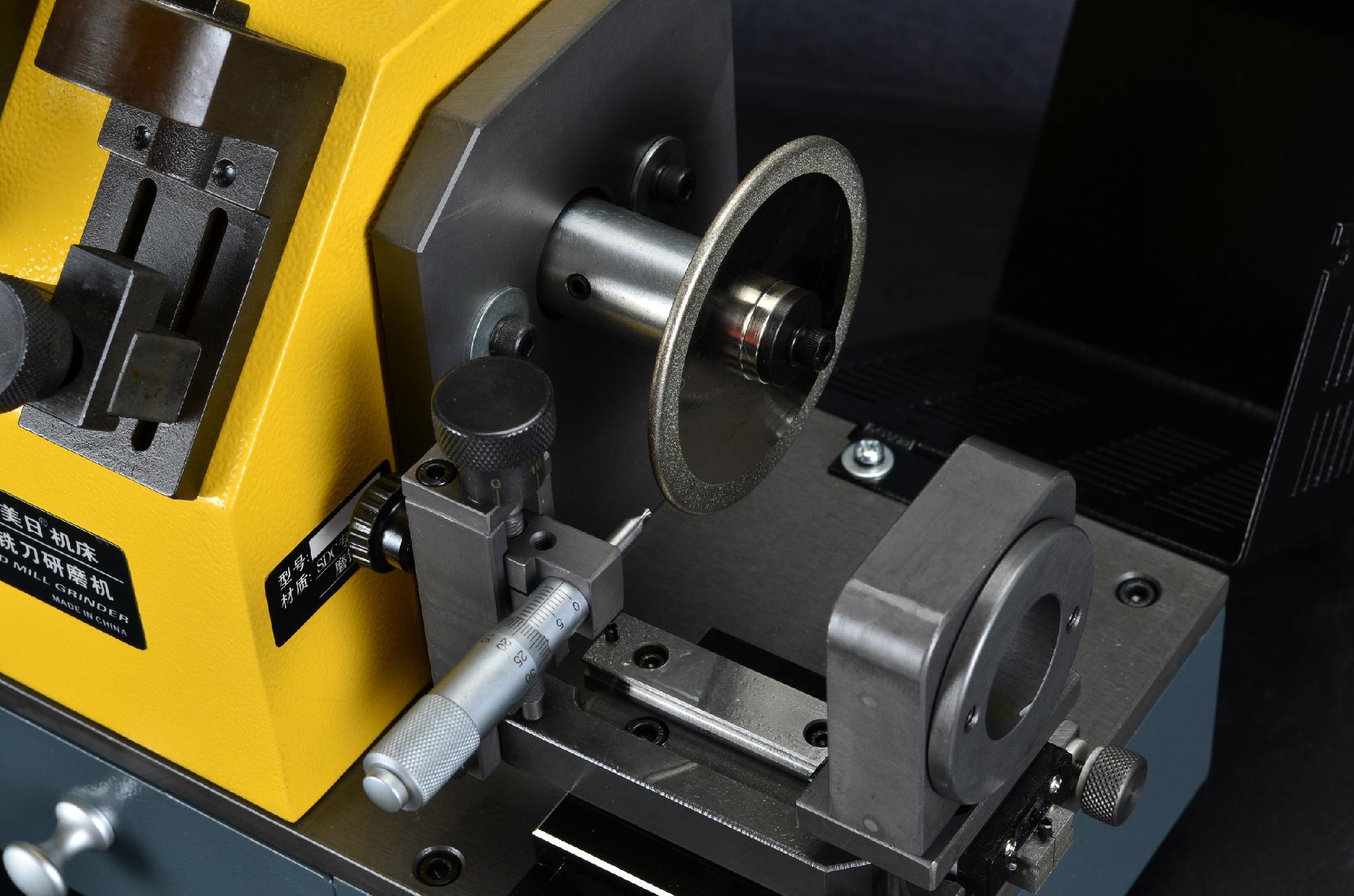 X6 銑刀螺旋修磨機 2