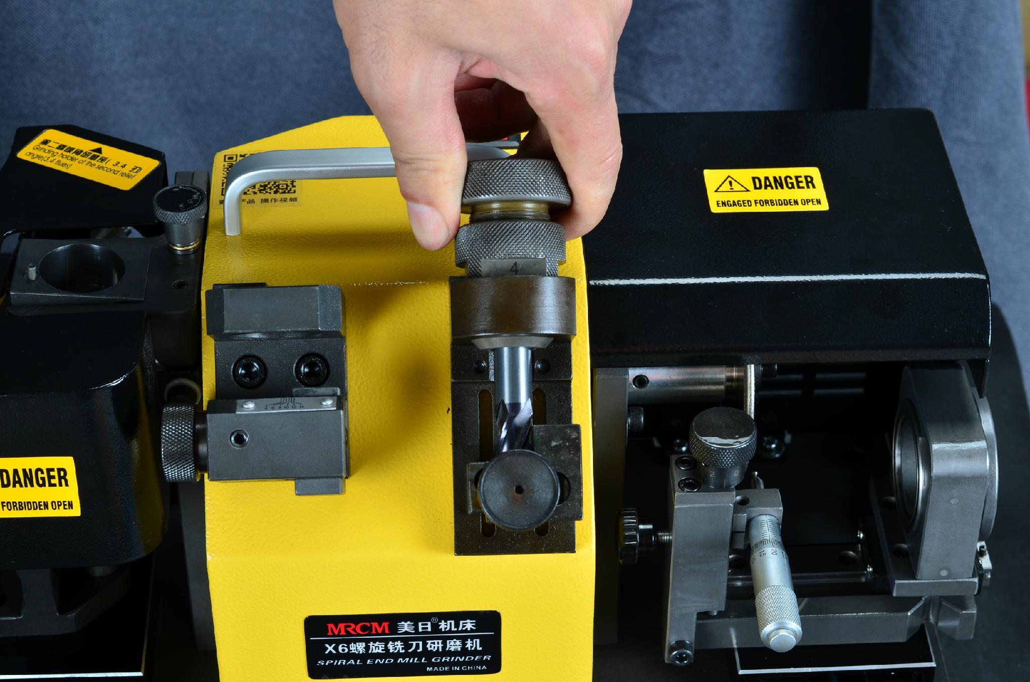 X6 銑刀螺旋修磨機 3