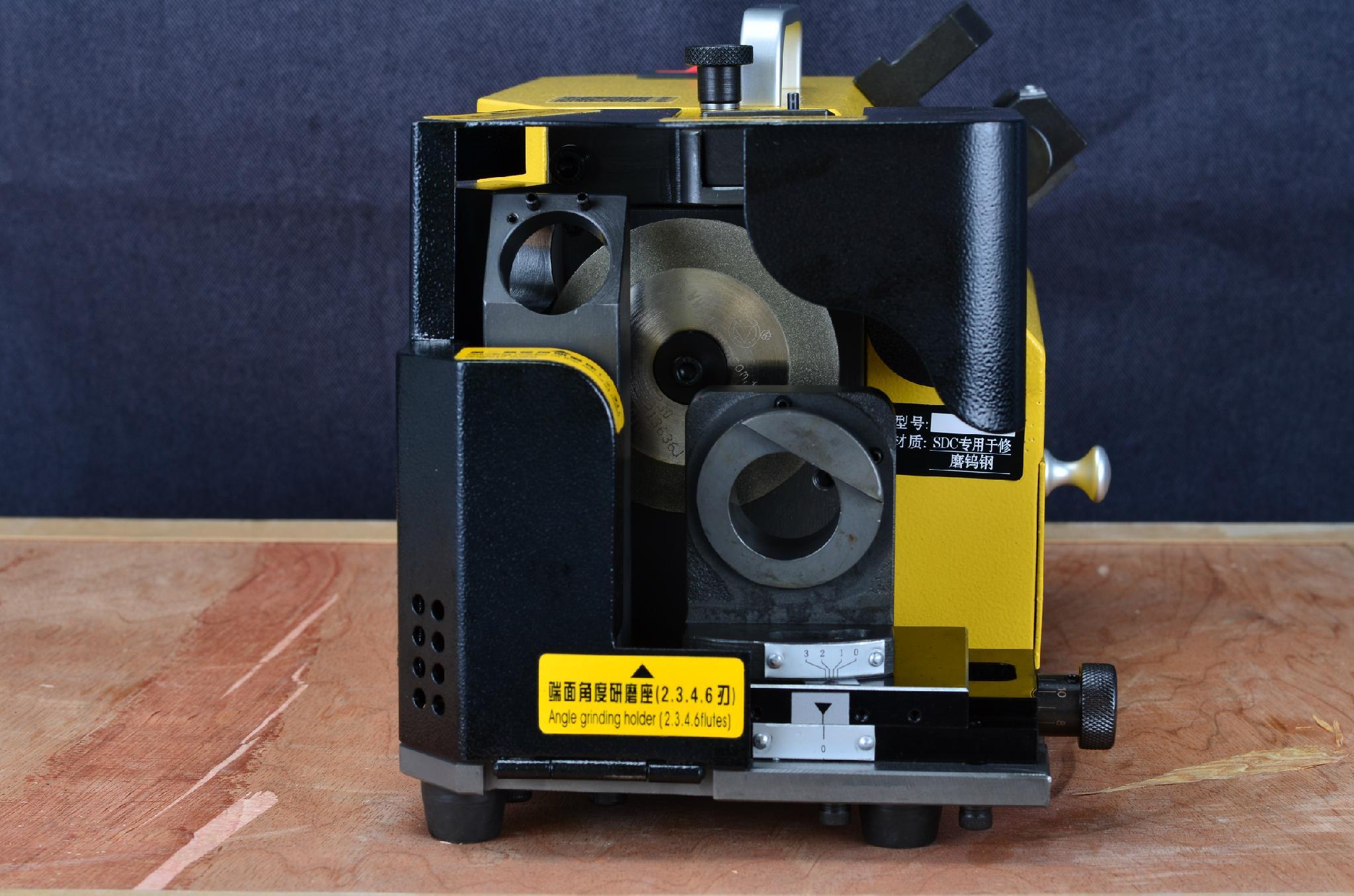 X3端銑刀研磨機 4