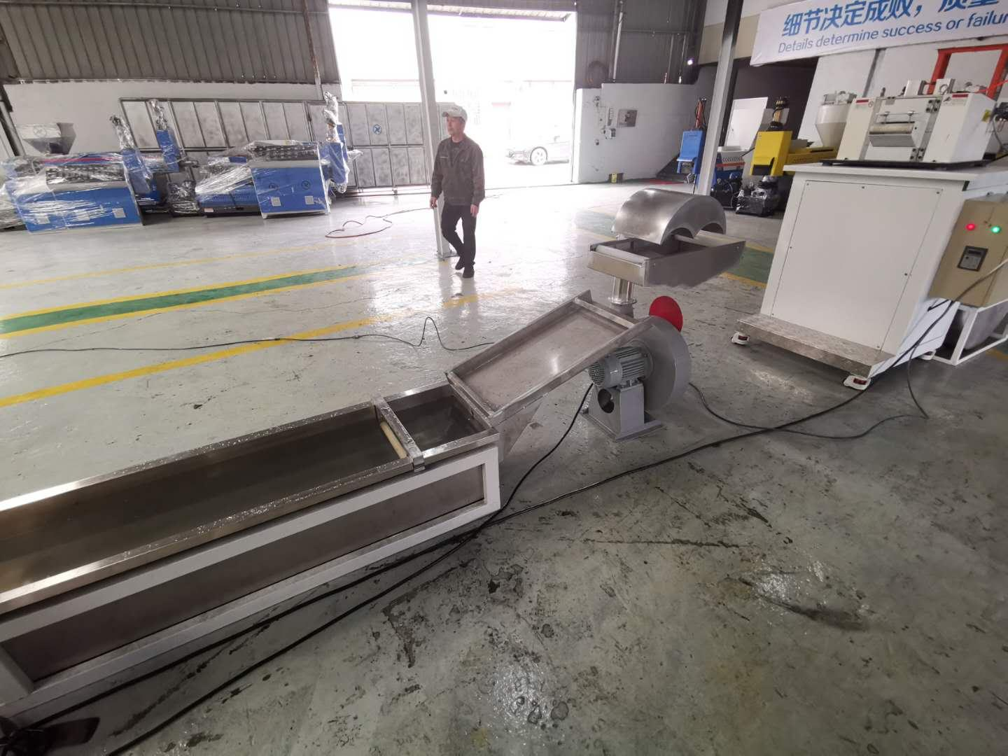 extruder fully automatic waste plastic recycling pelletizing machine 3
