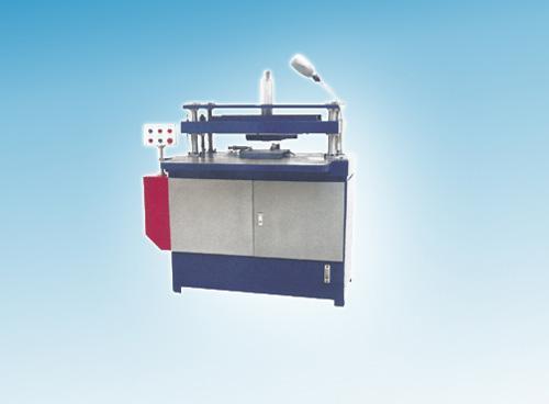 液壓模切機 1