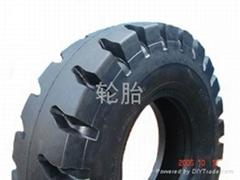 集装箱堆高机轮胎