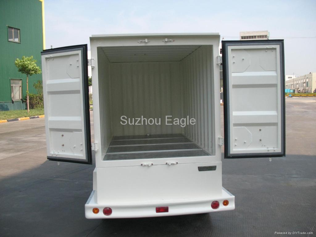 Electric Shuttle Bus with container box 3