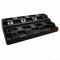 摩托羅拉GP88/300多功能八路充電器