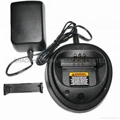 摩托罗拉GP3188对讲机充电器
